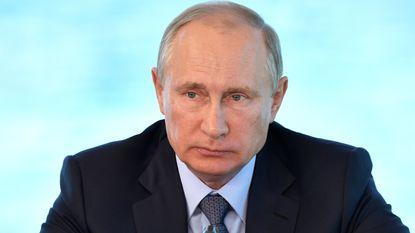 Poetin overweegt nog een ambtstermijn als president