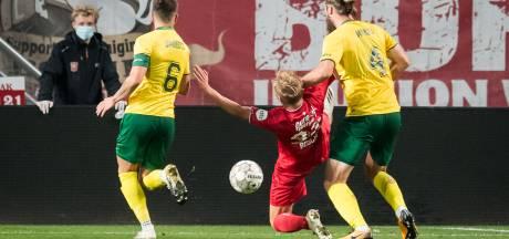 FC Twente heeft geen haast meer met zoektocht naar nummer 10: 'Urgentie is er niet meer'