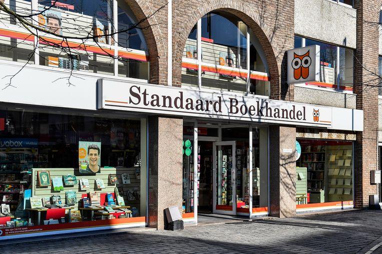 In de Standaard Boekhandel in Dendermonde liep de vrouw twee jaar geleden tegen de lamp. Toen bleek dat ze in de hele regio boeken stal.