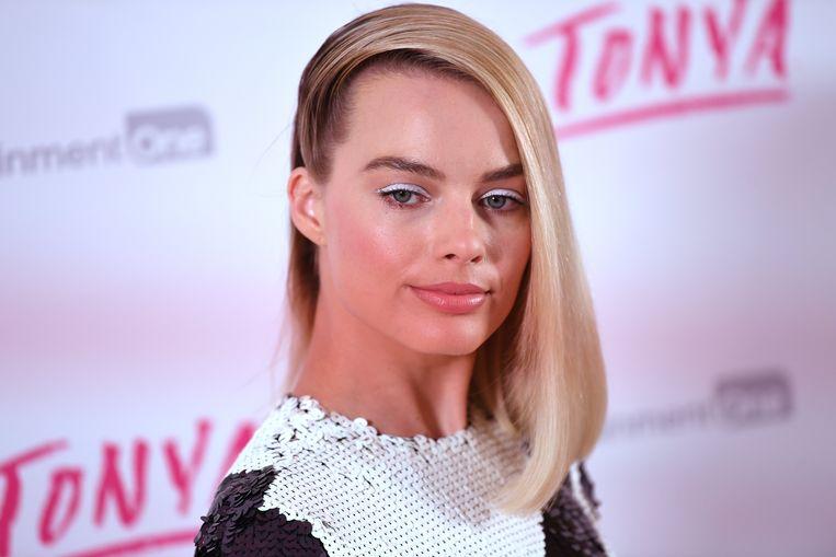 Margot Robbie gaat mogelijk de hoofdrol spelen in een liveaction-film over Barbie.