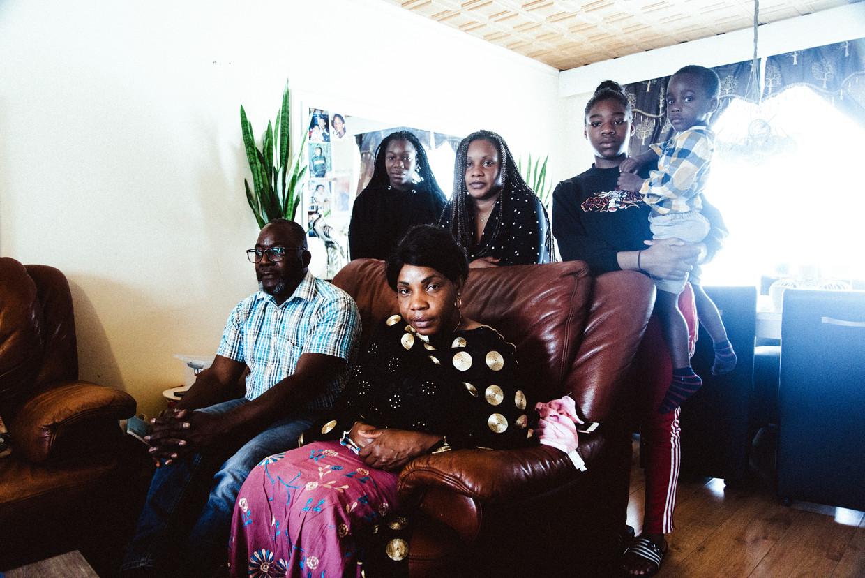 De familie van Lamine Bangoura Beeld Francis Vanhee