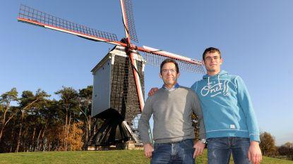 """Karel en zijn zoon Jonas behalen samen diploma van molenaar: """"Je hebt alle zintuigen nodig om een molen te besturen"""""""