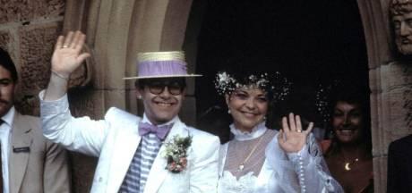 Elton John évoque son ex-femme dans son livre, elle lui réclame trois millions
