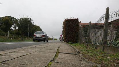 """""""Voetpaden blijven letterlijk struikelblok"""""""
