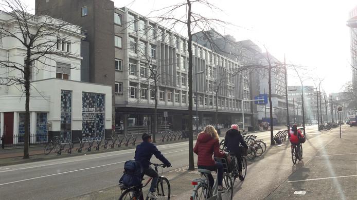 Archieffoto van de voormalige Zustersflat, nu studentenhuisvesting, aan de Vestdijk in Eindhoven.