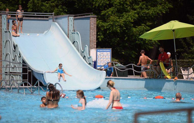 Het zwembad van het provinciedomein in Kessel-Lo.