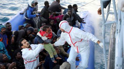 Boot met migranten kapseist voor Libische kust, vrouw en kind komen om