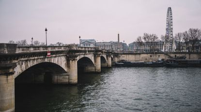"""Levenloos lichaam gevonden in de Seine: """"Handen waren met prikkeldraad vastgebonden"""""""