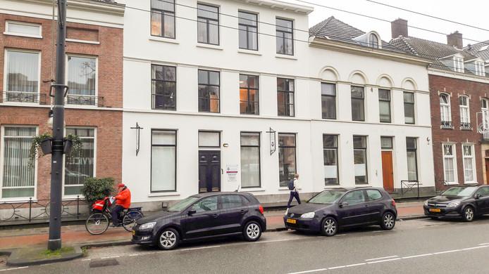 Het kantoorpand van HIGG Advocaten aan de Jansbinnensingel in de Arnhemse binnenstad.