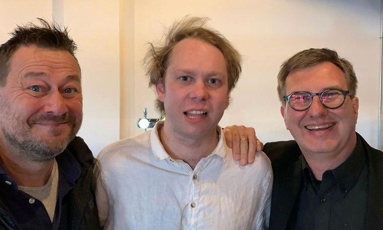 Een selfie op de set van 'Influencers', de tv-comeback van Bart De Pauw. Rik Verheye speelt mee, Jan Verheyen is net als De Pauw regisseur.