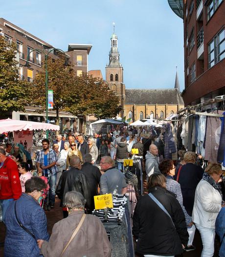 Zonnige zondag levert Jaarmarkt in Etten-Leur topdrukte op