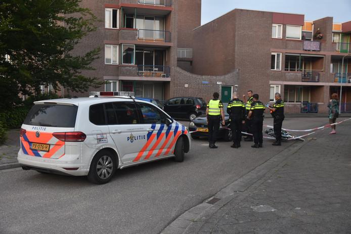Een fietser is in Terneuzen gewond geraakt na een aanrijding met een auto.