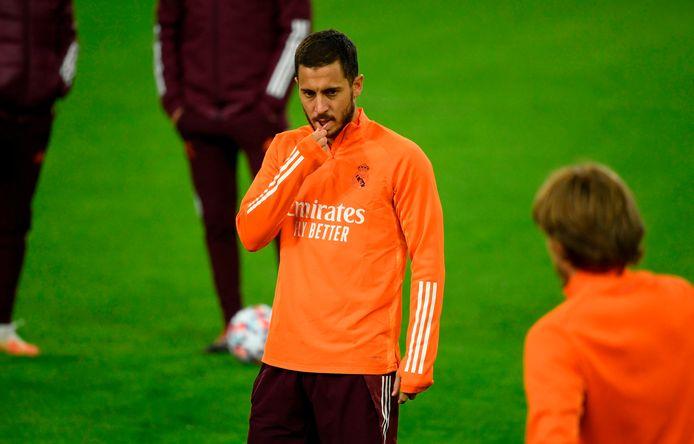 Eden Hazard maandagavond op de training van Real Madrid op Duitse bodem.