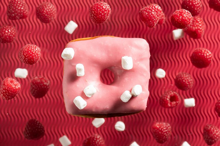 Vierkante donuts bij Hoeked in Antwerpen, € 2,90, hoekeddoughnuts.be. Beeld null