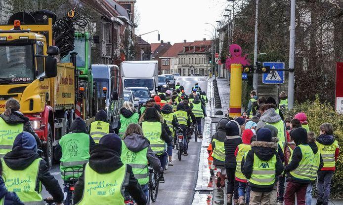 De opening van de fietsstraat in de Beukenhofstraat, begin dit jaar.