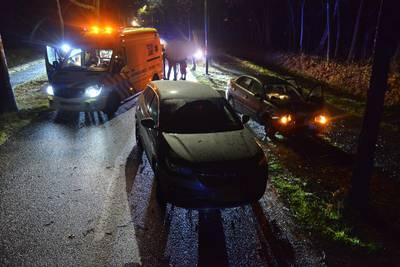 Gewonde bij botsing tussen twee auto's in Ulvenhout