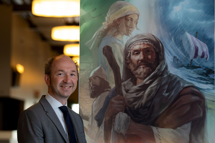 David Waanders in de congreshal van de Jehovah's Getuigen in Swifterbant.
