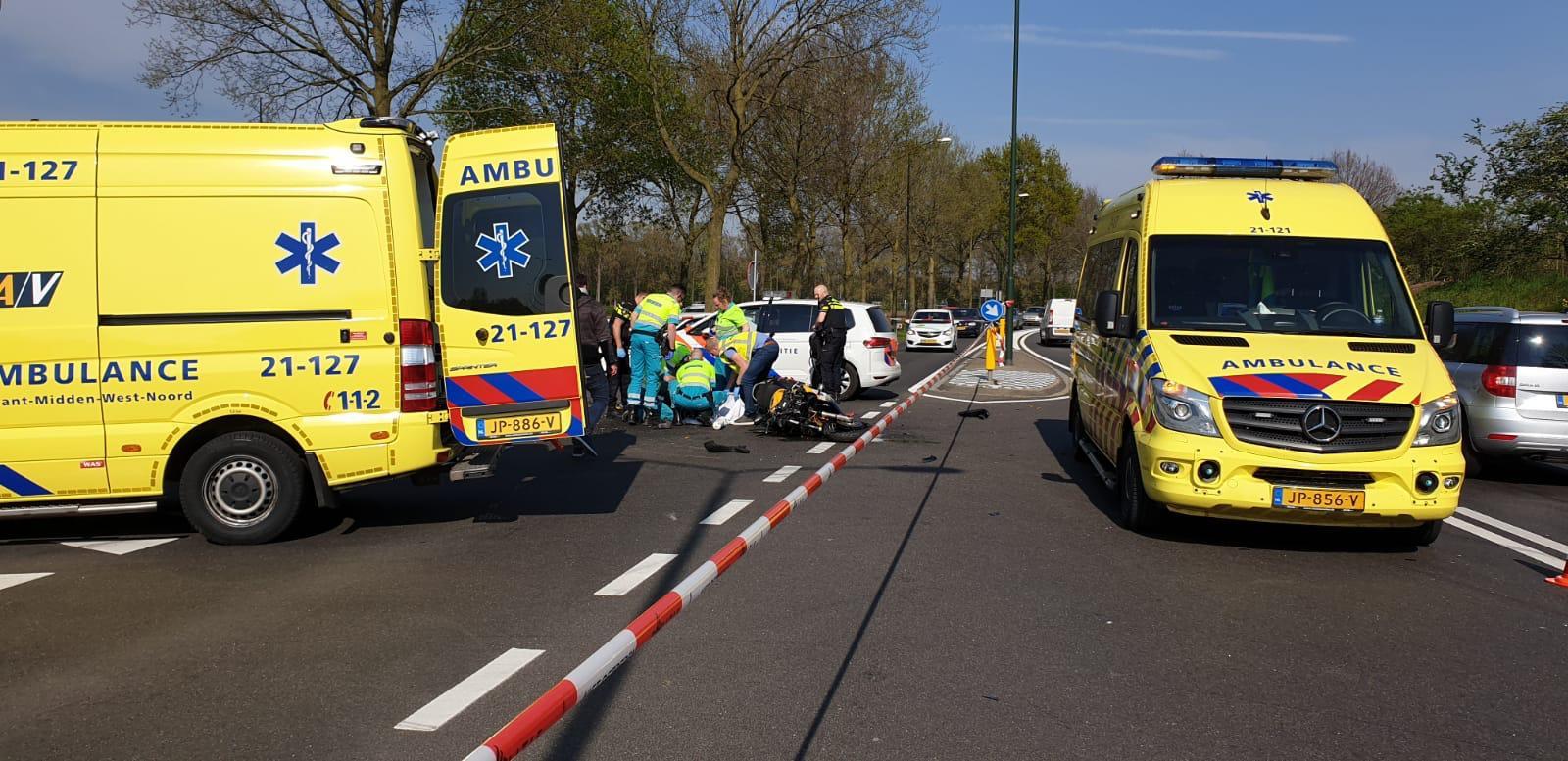 De motorrijder raakte zwaargewond.