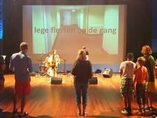 Rotterdam leert buitenlanders de taal met liedjes