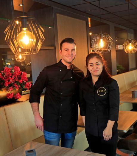 Deze jonge chefkok opent eigen Aziatisch restaurant in Struytse Hoeck: 'Iets unieks in Hellevoet'