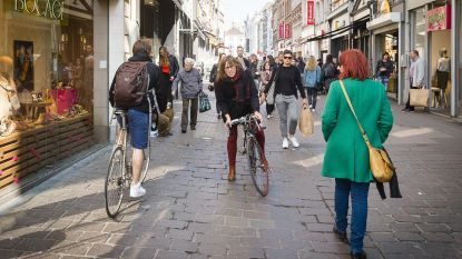 Politie geeft 127 fietsers boete in voetgangersstraten