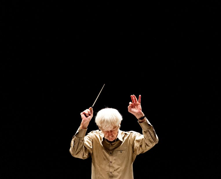 Reinbert de Leeuw tijdens een repetitie met het Residentieorkest (2013). Beeld ANP Kippa