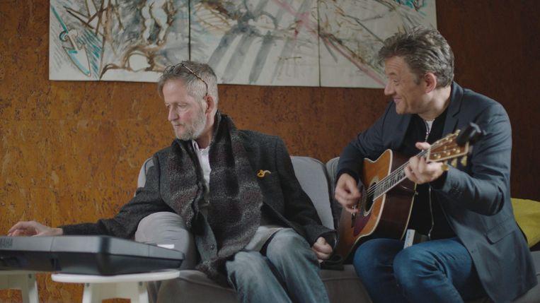 Luc schreef samen met Bart Peeters een persoonlijke tekst op 'Brother in Arms' van Dire Straits.