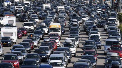 Vakantiegangers moeten rekening houden met erg druk weekend op de weg