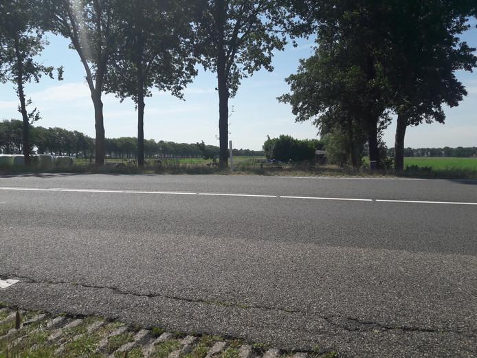 De plek bezien vanaf de weg (Vriezenveen)