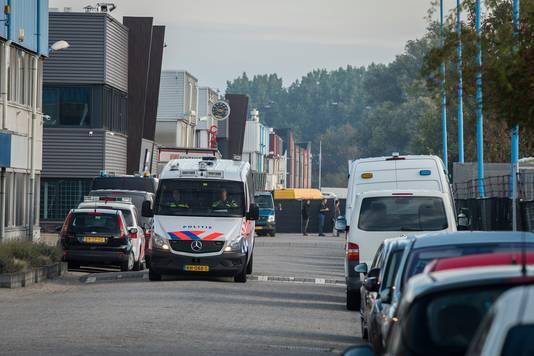 Politie op bedrijventerrein Ravenswade in Nieuwegein.