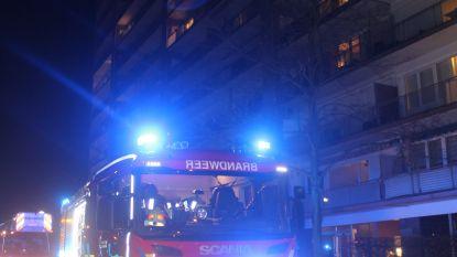 Video: Hoogste appartementsgebouw van Limburg geëvacueerd voor brand