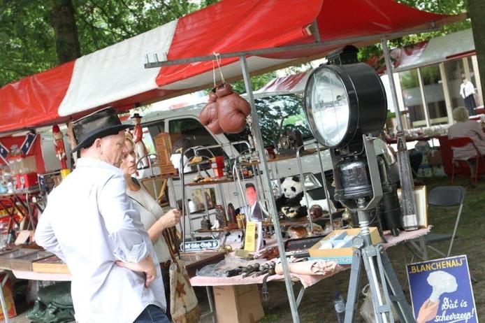 Rondsnuffelen op de Luikse Markt in Veldhoven