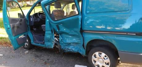 Vrouw gewond bij ongeluk in Putten