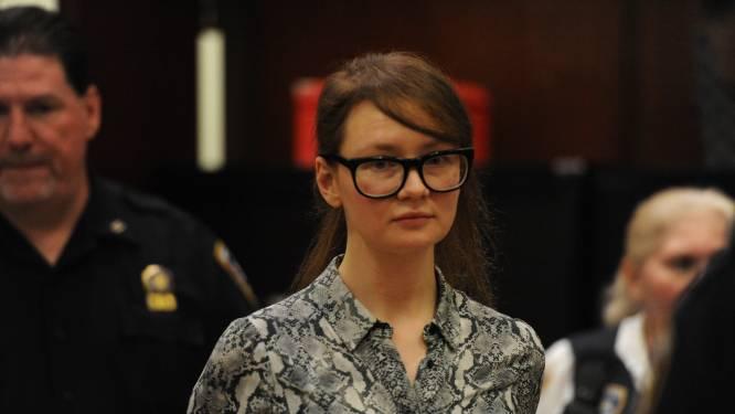 Meesteroplichtster Anna Sorokin (29) is het beu dat onbekenden haar opzoeken in de gevangenis