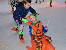 Stichting Rotary Veghel krijgt toch klein douceurtje voor opbouw Veghel on Ice op Markt