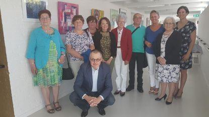 Oudere kunstenaars tonen hun werk