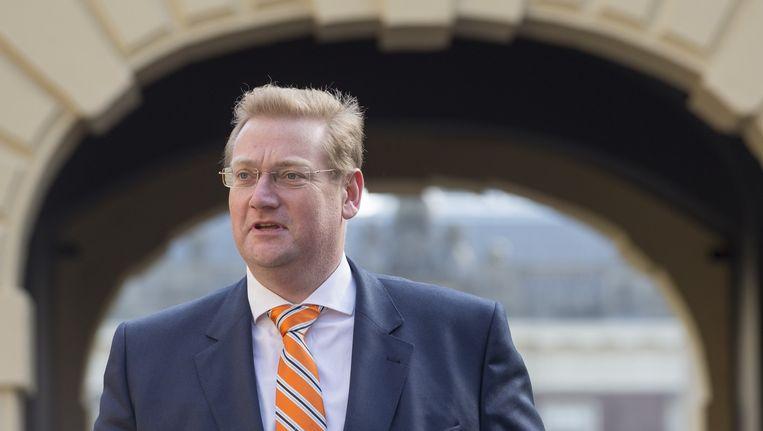 Minister Ard van der Steur van Veiligheid en Justitie arriveert op het Binnenhof voor de ministerraad. Beeld anp