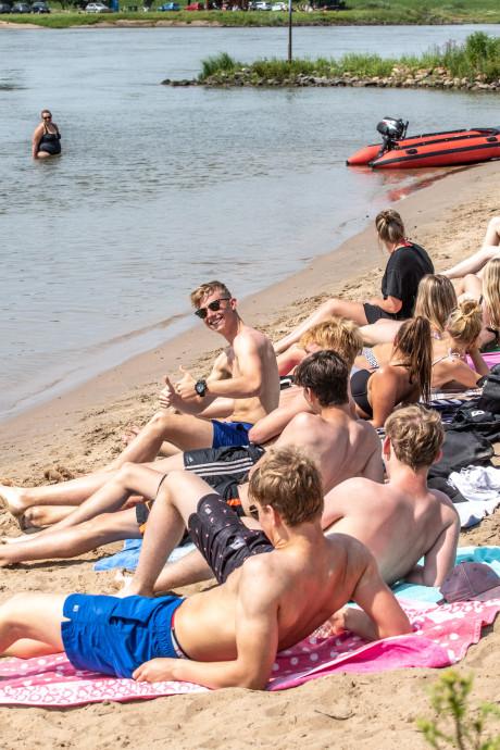 Strandje bij Loswal Wijhe geliefde locatie voor verkoeling