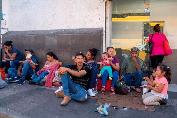 Migranten wachten in Ciudad Juarez