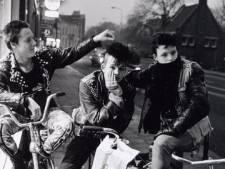 OPROEP: Wie zijn de punkers op deze Zwolse foto?