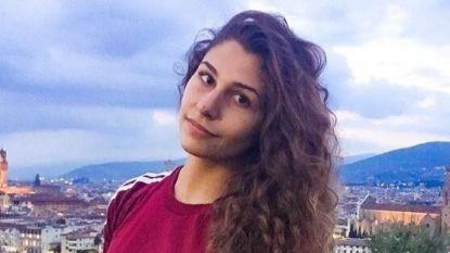 Italiaanse Deborah (19) werd jarenlang misbruikt door haar vader. Zondag brak de veer