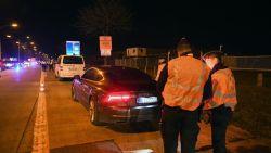 Automobilist vlucht op besneeuwde, gladde wegen met 200 km per uur voor politiecontrole