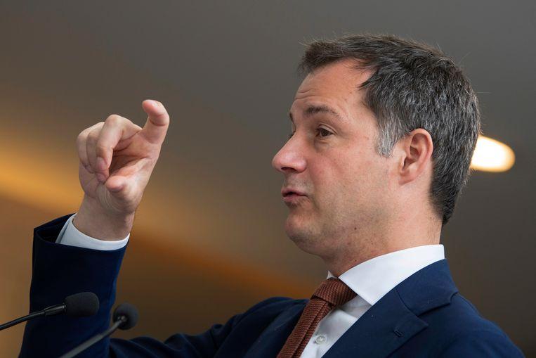 Alexander De Croo verdedigde op het debat het beleid van de Vlaamse én federale regering tegen oppositiepartijen Groen, sp.a en PVDA.