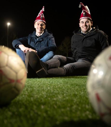 Dikke vrienden voetballen tégen elkaar, maar vieren carnaval mèt elkaar