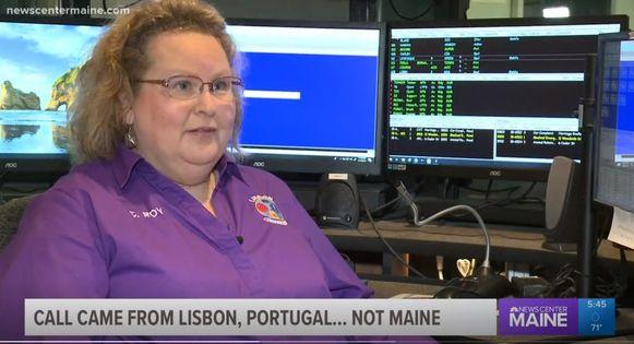 Cathy Roy beheert de meldkamer in Lisbon .... Maine (VS).