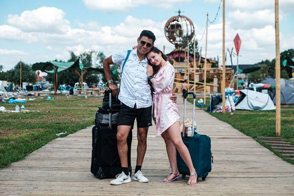 Ernest Reyes & Andrea Caro.