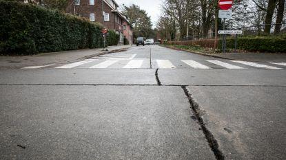 Start herstellingswerken aan wegdek in Casterwijk