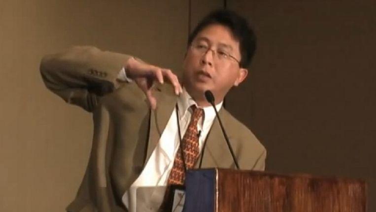 Dr. Wei-Hock 'Willie' Soon, omstreden Amerikaans klimaatscepticus. Beeld Still van Youtube