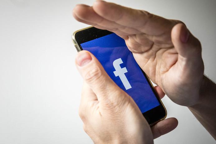 Het schandaal heeft tot nu toe weinig effect op het gebruik van Facebook.