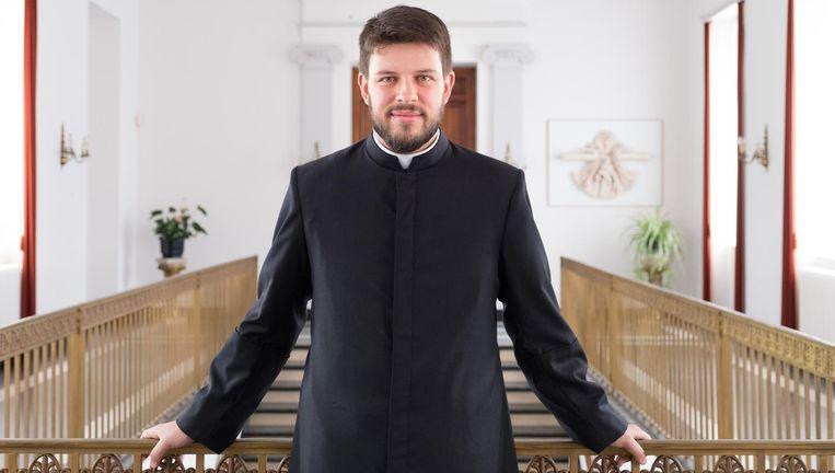 Servaas Bosch werd gisteren door kardinaal De Kesel tot priester gewijd.